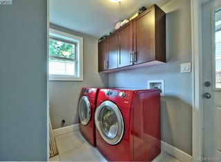Photo 13: 432 Nursery Hill Drive in VICTORIA: VR View Royal Single Family Detached for sale (View Royal)  : MLS®# 412810