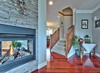 Photo 3: 432 Nursery Hill Drive in VICTORIA: VR View Royal Single Family Detached for sale (View Royal)  : MLS®# 412810