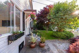 Photo 2: 20384 KENT Street in Maple Ridge: Southwest Maple Ridge House for sale : MLS®# R2390405