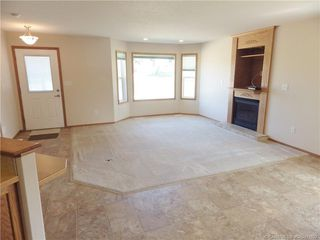 Photo 3: 10 100 Legacy Lane in Rimbey: RY Rimbey Residential Condo for sale (Ponoka County)  : MLS®# CA0175922
