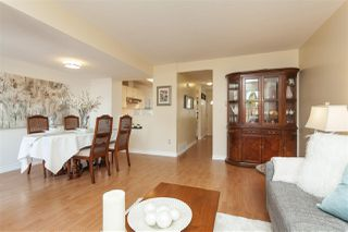 """Photo 4: 69 9368 128 Street in Surrey: Queen Mary Park Surrey Townhouse for sale in """"Surrey Meadows"""" : MLS®# R2398417"""