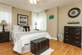 """Photo 10: 69 9368 128 Street in Surrey: Queen Mary Park Surrey Townhouse for sale in """"Surrey Meadows"""" : MLS®# R2398417"""