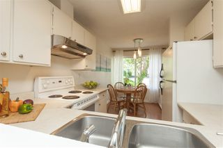 """Photo 6: 69 9368 128 Street in Surrey: Queen Mary Park Surrey Townhouse for sale in """"Surrey Meadows"""" : MLS®# R2398417"""