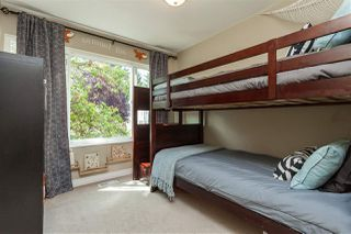 """Photo 12: 69 9368 128 Street in Surrey: Queen Mary Park Surrey Townhouse for sale in """"Surrey Meadows"""" : MLS®# R2398417"""
