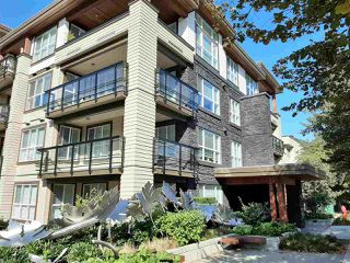 "Main Photo: 301 3205 MOUNTAIN Highway in North Vancouver: Lynn Valley Condo for sale in ""MILL HOUSE"" : MLS®# R2409357"