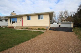 Photo 2: 5903 53A Avenue: Redwater House for sale : MLS®# E4177226