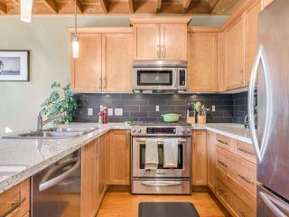Photo 10: 260 FURNESS Street in New Westminster: Queensborough House for sale : MLS®# R2415514