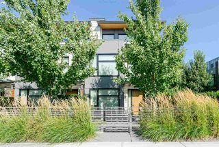 Photo 1: 6090 OAK Street in Vancouver: Oakridge VW Townhouse for sale (Vancouver West)  : MLS®# R2430425