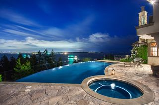 Photo 3: 4672 CLOVELLY WALK in West Vancouver: House for sale