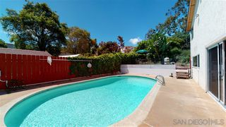 Photo 4: MOUNT HELIX House for sale : 4 bedrooms : 10764 QUEEN AVE in La Mesa