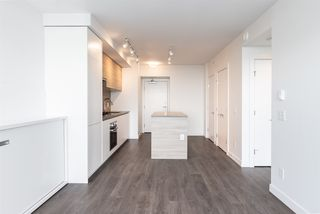 """Photo 10: 2605 652 WHITING Way in Coquitlam: Coquitlam West Condo for sale in """"MARQUEE-LOUGHEED HEIGHTS"""" : MLS®# R2470014"""