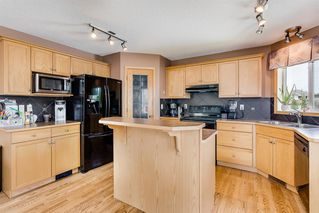 Photo 6: 1701 THORBURN Drive SE: Airdrie Detached for sale : MLS®# A1013012