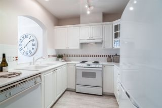 """Photo 8: 424 5735 HAMPTON Place in Vancouver: University VW Condo for sale in """"THE BRISTOL"""" (Vancouver West)  : MLS®# R2480734"""