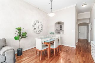 """Photo 7: 424 5735 HAMPTON Place in Vancouver: University VW Condo for sale in """"THE BRISTOL"""" (Vancouver West)  : MLS®# R2480734"""