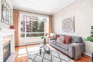 """Photo 2: 424 5735 HAMPTON Place in Vancouver: University VW Condo for sale in """"THE BRISTOL"""" (Vancouver West)  : MLS®# R2480734"""
