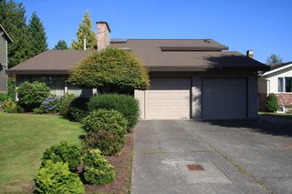 Photo 2: 2472 Sunnyside in Abbotsford: Abbotsford West House for sale : MLS®# R2487351