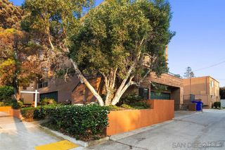 Photo 21: PACIFIC BEACH Townhome for sale : 4 bedrooms : 1481 La Playa Ave in San Diego