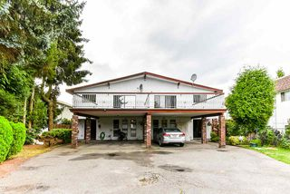 Photo 1: 6757 LAKEVIEW Avenue in Burnaby: Upper Deer Lake 1/2 Duplex for sale (Burnaby South)  : MLS®# R2501194