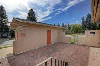 Photo 4: 11844 ELBOW Drive SW in Calgary: Canyon Meadows Detached for sale : MLS®# A1036334