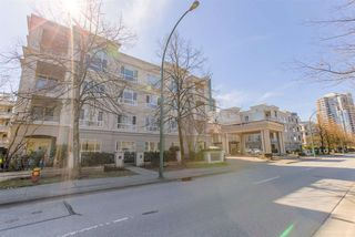 "Photo 25: 402 3098 GUILDFORD Way in Coquitlam: North Coquitlam Condo for sale in ""MARLBOROUGH HOUSE"" : MLS®# R2516901"