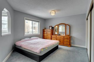 Photo 18: 89 SIDON Crescent SW in Calgary: Signal Hill Detached for sale : MLS®# A1050273