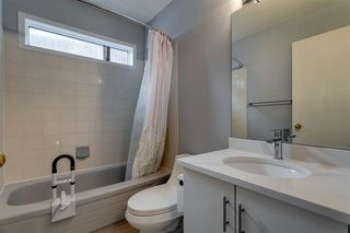 Photo 22: 89 SIDON Crescent SW in Calgary: Signal Hill Detached for sale : MLS®# A1050273
