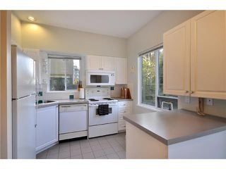 "Photo 6: 102 5626 LARCH Street in Vancouver: Kerrisdale Condo for sale in ""WILSON HOUSE"" (Vancouver West)  : MLS®# V881806"