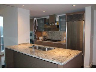 Photo 3: # 3005 1111 ALBERNI ST in Vancouver: West End VW Condo for sale (Vancouver West)  : MLS®# V998159