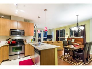 Photo 4: 106 2484 WILSON Avenue in Port Coquitlam: Central Pt Coquitlam Condo for sale : MLS®# V1042729
