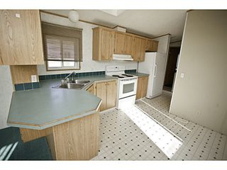 "Photo 2: 37 560 SODA CREEK Road in Williams Lake: Williams Lake - Rural North Manufactured Home for sale in ""COMER HILL MOBILE HOME PARK"" (Williams Lake (Zone 27))  : MLS®# N234092"