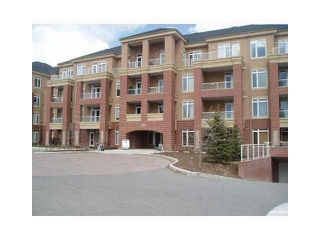 Main Photo: 201 10 HEMLOCK Crescent SW in CALGARY: Spruce Cliff Condo for sale (Calgary)  : MLS®# C3607807