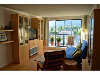 Photo 7: 404 150 E 15TH Street in North Vancouver: Central Lonsdale Condo for sale : MLS®# V1064437