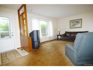 Photo 3: 34 Norlorne Drive in WINNIPEG: Charleswood Residential for sale (South Winnipeg)  : MLS®# 1414863
