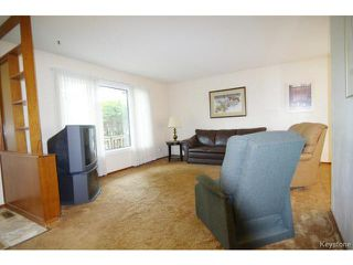 Photo 2: 34 Norlorne Drive in WINNIPEG: Charleswood Residential for sale (South Winnipeg)  : MLS®# 1414863