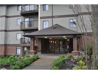 Photo 2: 213 1655 Begbie Street in VICTORIA: Vi Fernwood Condo Apartment for sale (Victoria)  : MLS®# 347022