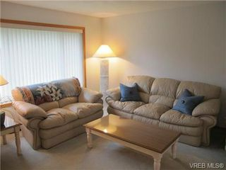 Photo 3: 4818 Cordova Bay Rd in VICTORIA: SE Sunnymead Single Family Detached for sale (Saanich East)  : MLS®# 695844