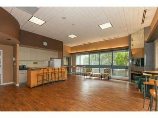 Photo 16: 203 13353 108TH Avenue in Surrey: Whalley Condo for sale (North Surrey)  : MLS®# F1435825