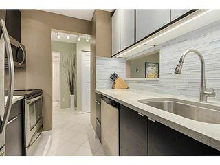 "Photo 8: 203 555 W 14TH Avenue in Vancouver: Fairview VW Condo for sale in ""CAMBRIDGE PLACE"" (Vancouver West)  : MLS®# V1117679"