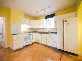 Photo 9: 1969 E 8TH Avenue in Vancouver: Grandview VE House for sale (Vancouver East)  : MLS®# V1130706