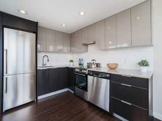 Photo 5: 811 445 W 2ND Avenue in Vancouver: False Creek Condo for sale (Vancouver West)  : MLS®# V1140639