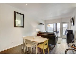 Photo 9: 302 414 MEREDITH Road NE in Calgary: Crescent Heights Condo for sale : MLS®# C4039289