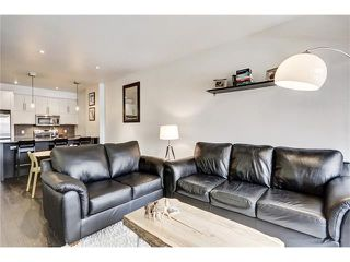 Photo 14: 302 414 MEREDITH Road NE in Calgary: Crescent Heights Condo for sale : MLS®# C4039289