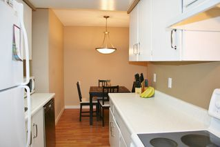 "Photo 8: 105 20420 54 Avenue in Langley: Langley City Condo for sale in ""RIDGEWOOD MANOR"" : MLS®# R2044420"
