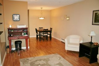 "Photo 10: 105 20420 54 Avenue in Langley: Langley City Condo for sale in ""RIDGEWOOD MANOR"" : MLS®# R2044420"
