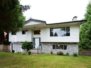 Photo 2: 4571 198 Street in Langley: Langley City House for sale : MLS®# R2079464