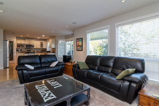 "Photo 4: 6632 206 Street in Langley: Willoughby Heights House for sale in ""BERKSHIRE"" : MLS®# R2113542"