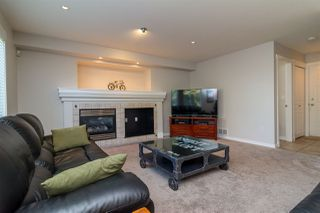 "Photo 9: 6632 206 Street in Langley: Willoughby Heights House for sale in ""BERKSHIRE"" : MLS®# R2113542"