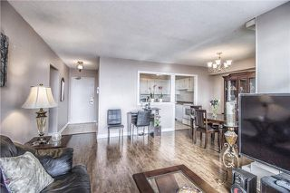 Photo 7: 707 5 Vicora Linkway in Toronto: Flemingdon Park Condo for sale (Toronto C11)  : MLS®# C3665384