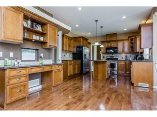 Photo 8: 4215 199A Street in Langley: Brookswood Langley House for sale : MLS®# R2149185