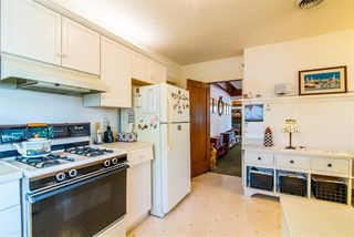 Photo 10: MISSION HILLS House for sale : 4 bedrooms : 3931 FALCON STREET in San Diego